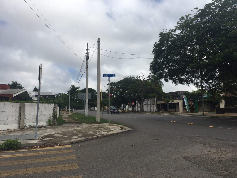 Terreno Comercial en Renta Prolongación Montejo en Esquina
