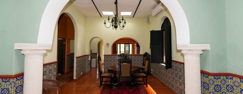 Fabulous 3 bedroom House for Sale just outside of Centro, close to Paseo de Montejo1