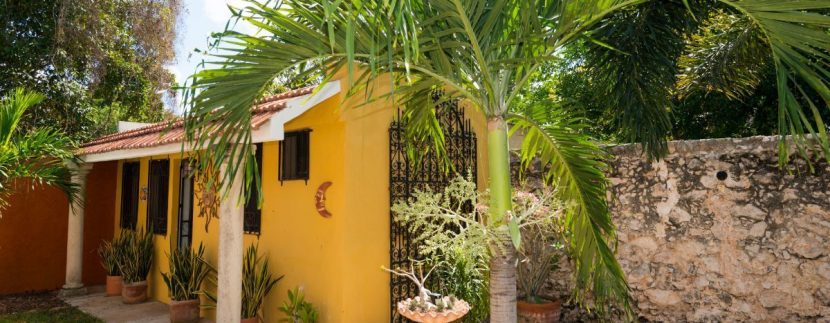Fabulous 3 bedroom House for Sale just outside of Centro, close to Paseo de Montejo10