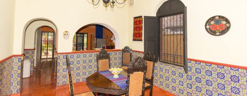 Fabulous 3 bedroom House for Sale just outside of Centro, close to Paseo de Montejo3