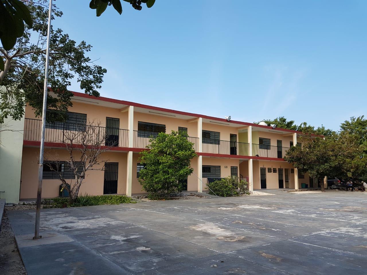 Inmueble para Escuela ubicado al Oriente de Mérida